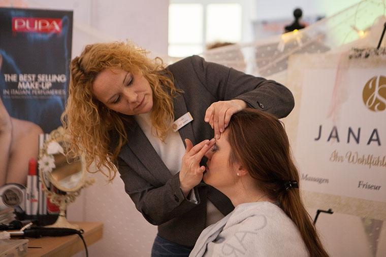 Make up von Janaspa